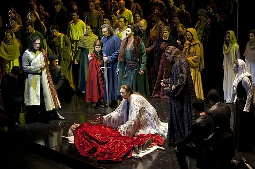 Macbeth banquos ghost essay