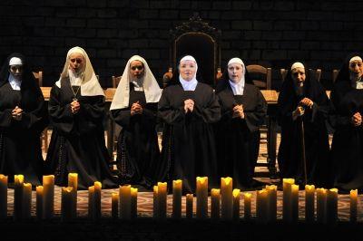 Dialogues des Carmelites  Photo: Frédéric Desmesure