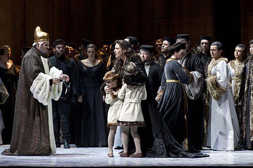 Photos courtesy of Rome Opera 1.Lucrezia Contarini (Tatiana Serjan) with her children before the aged Doge (Luca Salsi).   .