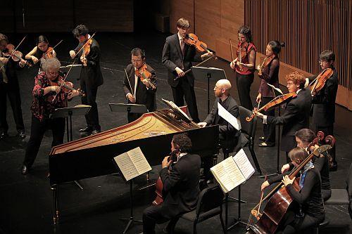 Monica Huggett on Violin leading Juilliard415. Photo Credit ; Rahav Iggy Segev/ Photopass