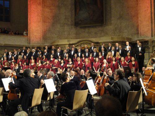 Orchestra e Coro del Teatro Regio di Torino in Dresden, photo M. Cookson (1)