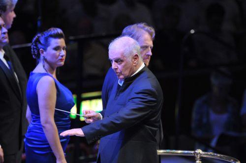 Ekaterina Gubanova, Daniel Barenboim and Iain Paterson in Das Rheingold at the BBC Proms Copyright: BBC/Chris Christodoulou