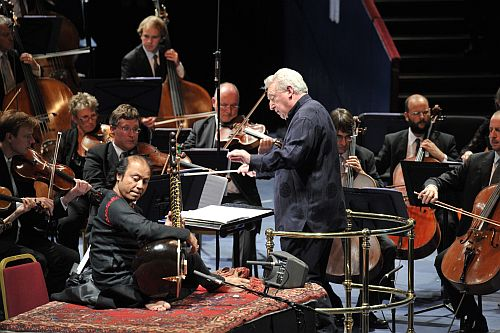 Nishat Khan performs with David Atherton and the BBC National Orchestra of Wales at the BBC Proms Copyright: BBC/Chris Christodoulou