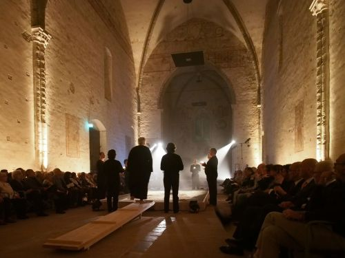 Curlew River performance, courtesy of Sagra Musical Umbra