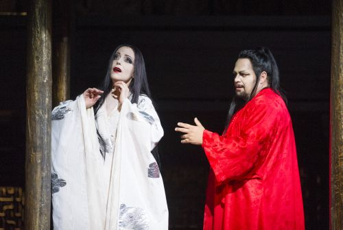 LINDSTROM AS TURANDOT, BERTI AS CALAF (C) KENTON ROH